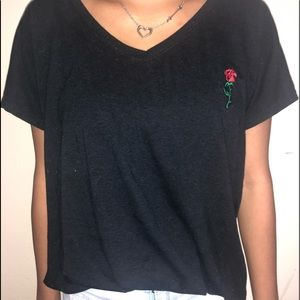 Very Cute Black Tee with Rose Embroidery 💫🌹